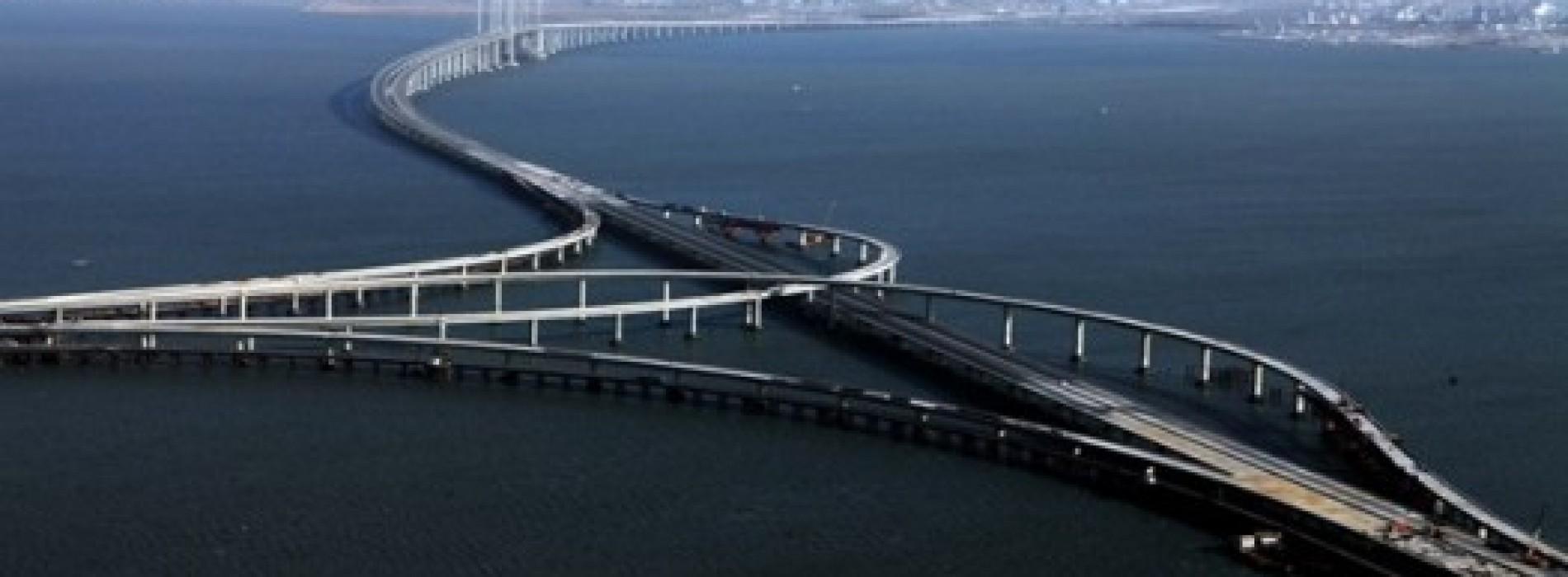 [جسر Jiaozhou بالصين ] اطول جسر على الماء بالعالم