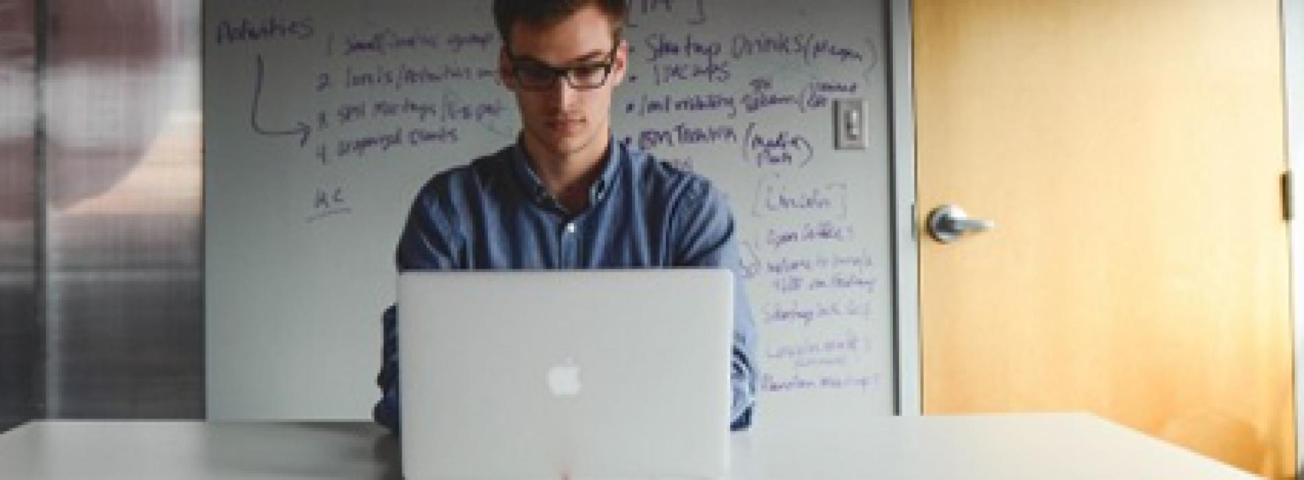 شرح | التقديم والبحث عن الوظائف عن طريق الانترنت